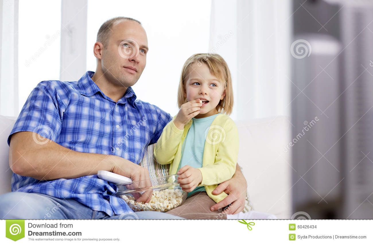 Father and daughter and people watching | Porn pics)