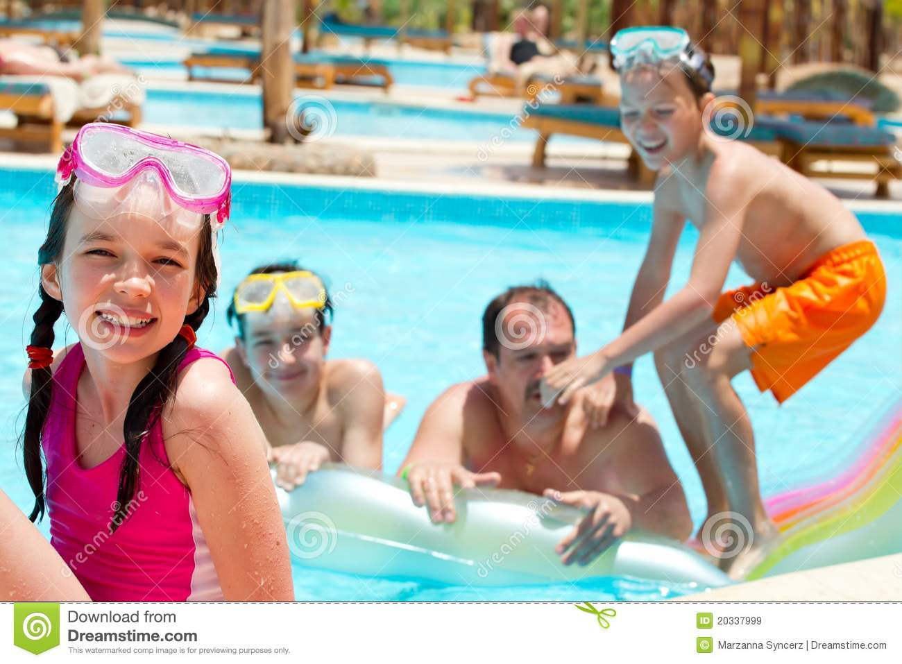 Happy family in swimming pool stock image image 20337999 for Family swimming pool