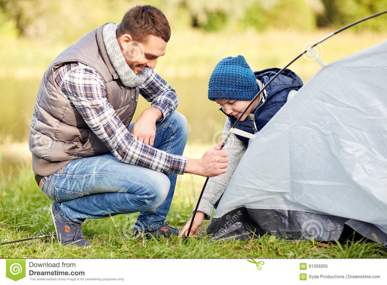 setting up a tent How to set up a comfortable campsite select a good tent site (flat, vegetation-free, shaded, wind-buffered, with good drainage) and promptly set up your tent keep essentials handy sign up for rei emails co-op offers, events & cool new gear.