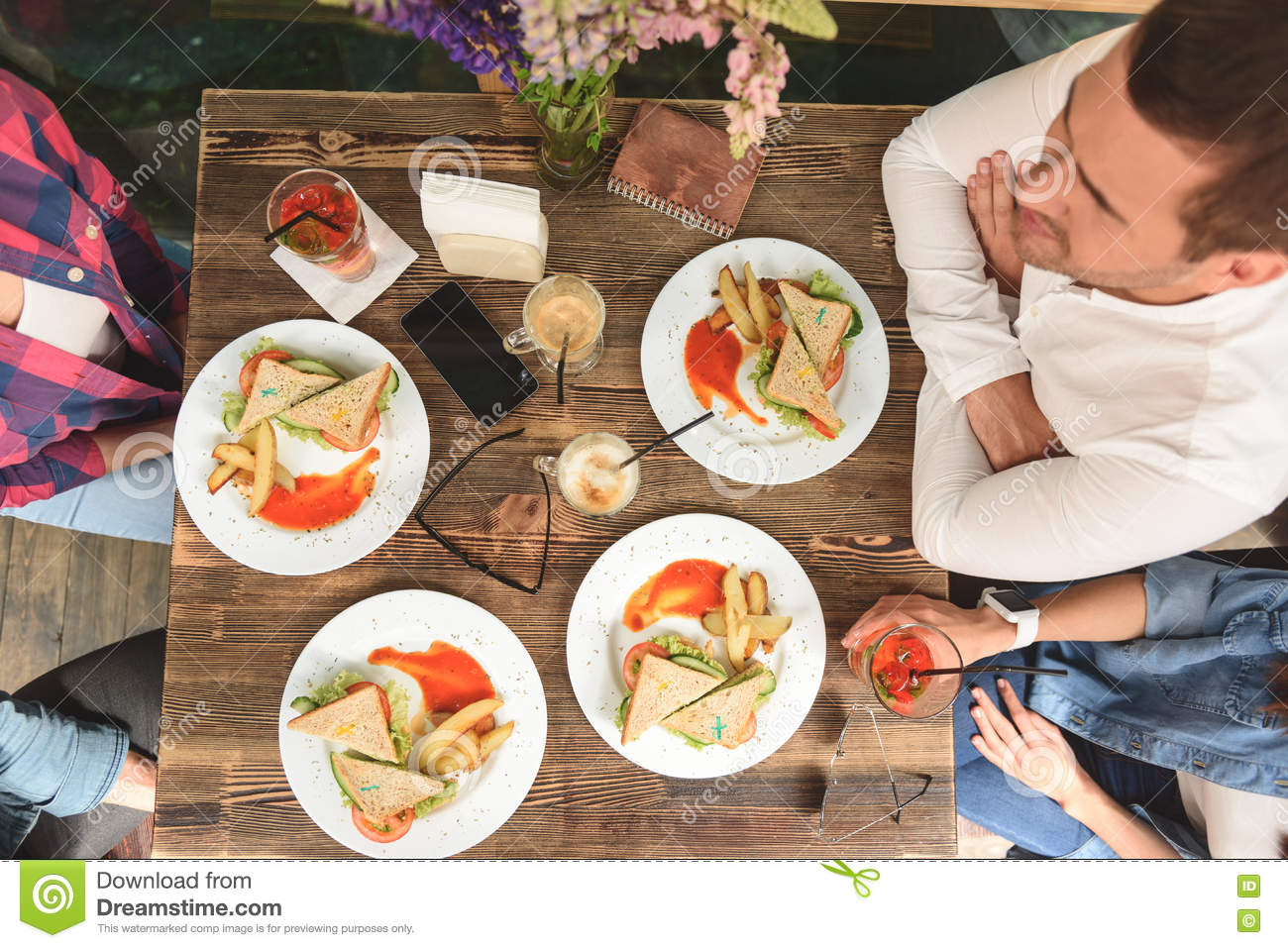Eating Raw And Cooked Food Together
