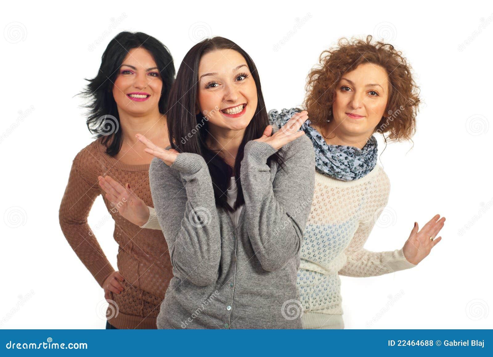 happiness women friends