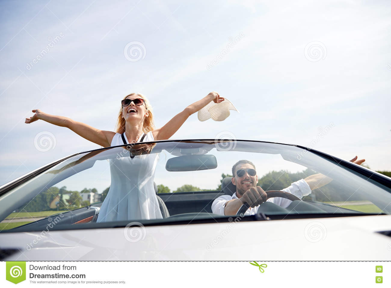 dating guy no car For guys having no car can put a damper on your dating life, but only if you let it like many young men i once lost my driver's license due to some small bad decisions and i had to get rid of my car, here's how i kept my dating life active and fun.