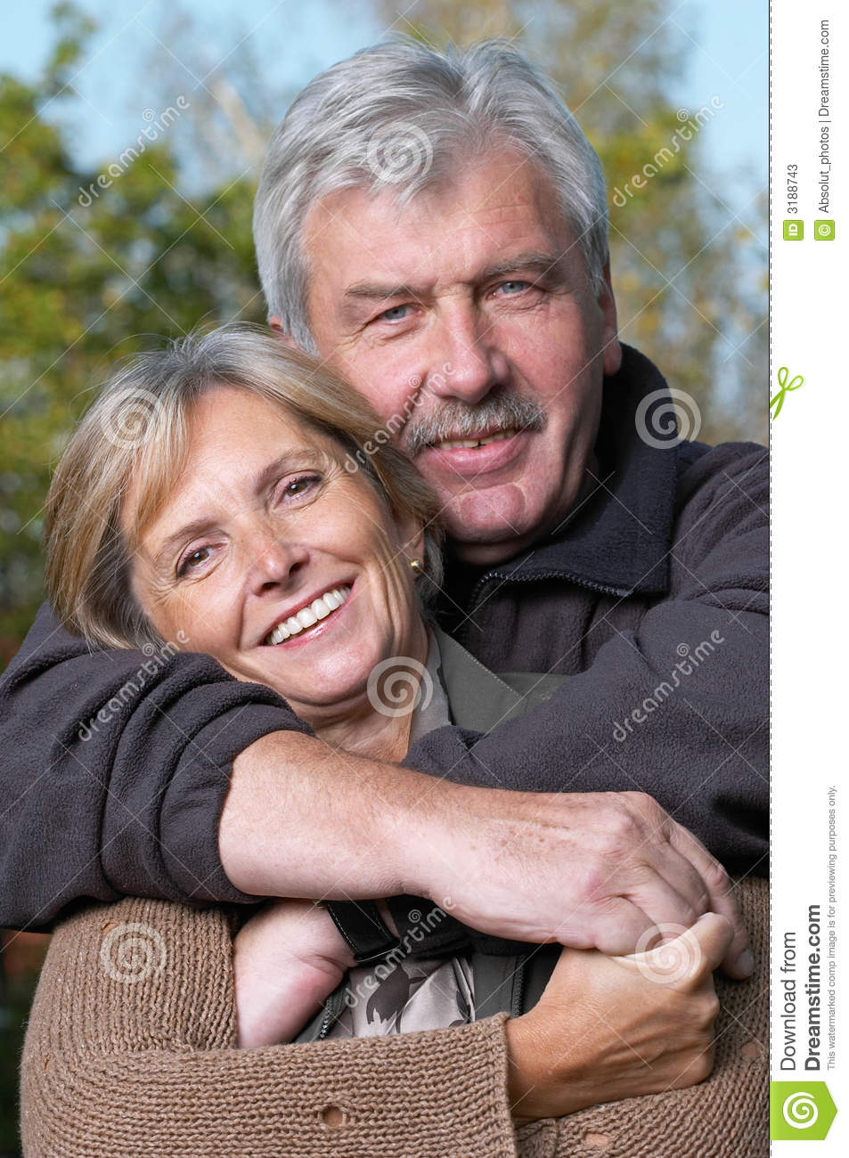 https://thumbs.dreamstime.com/z/happy-mature-couple-3188743.jpg