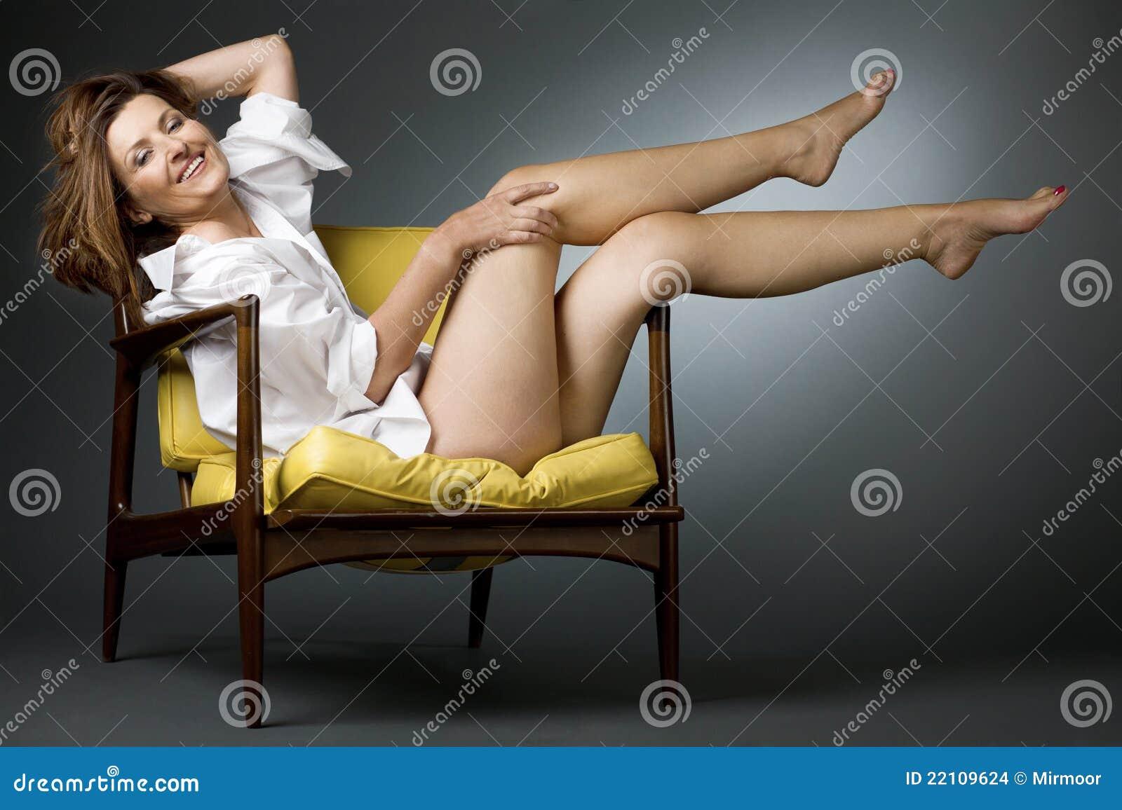 Mature women legs Attractive Mature Women Incl Nice Legs Flickr