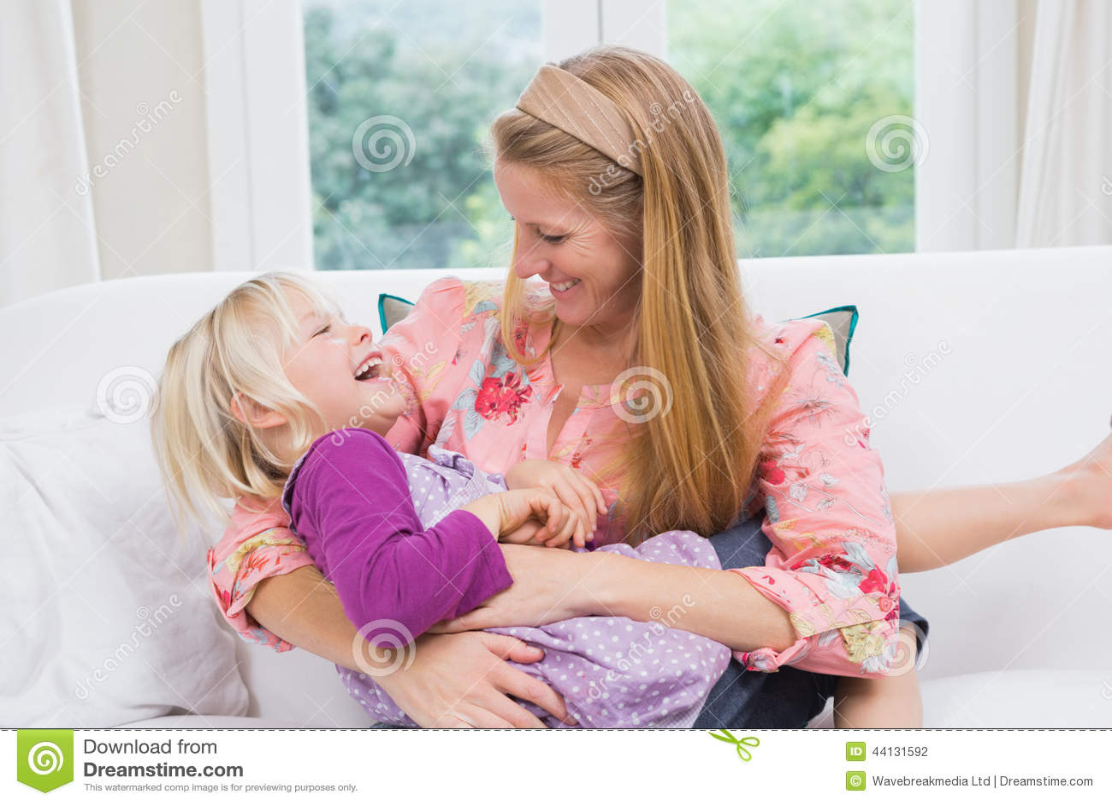 Трхнул свою маму, Как сын трахает маму уникальное видео в качестве HD 26 фотография