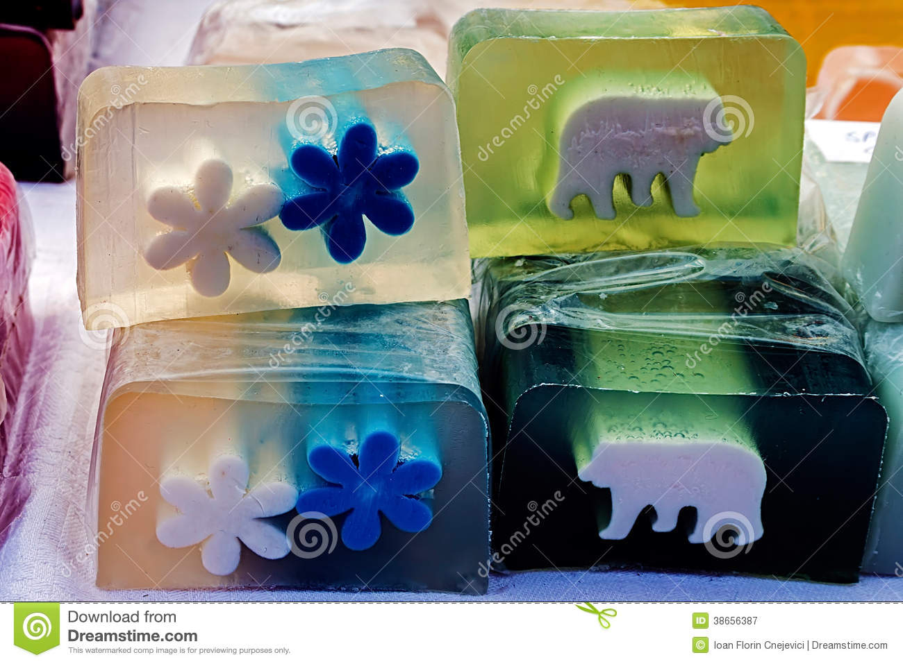 Happy natural soaps for children 5