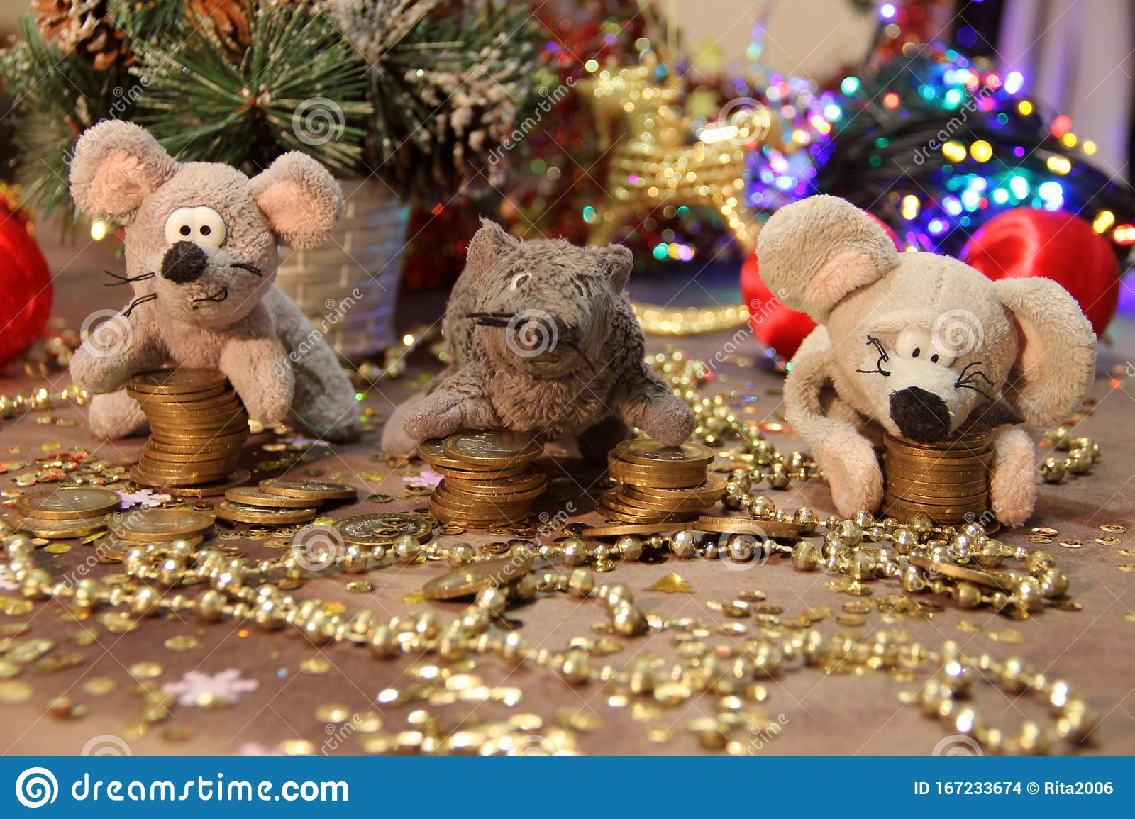 2020 Christmas Coins Happy New Year 2020! Three Gray Rats With Coins On A Gold