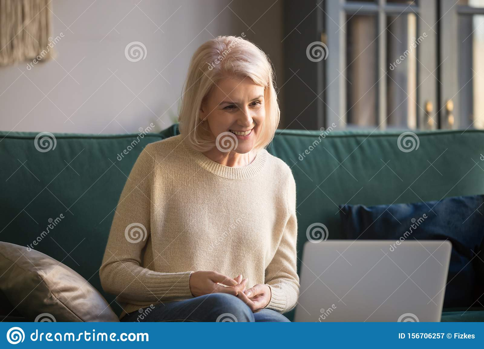 Free chat with older women