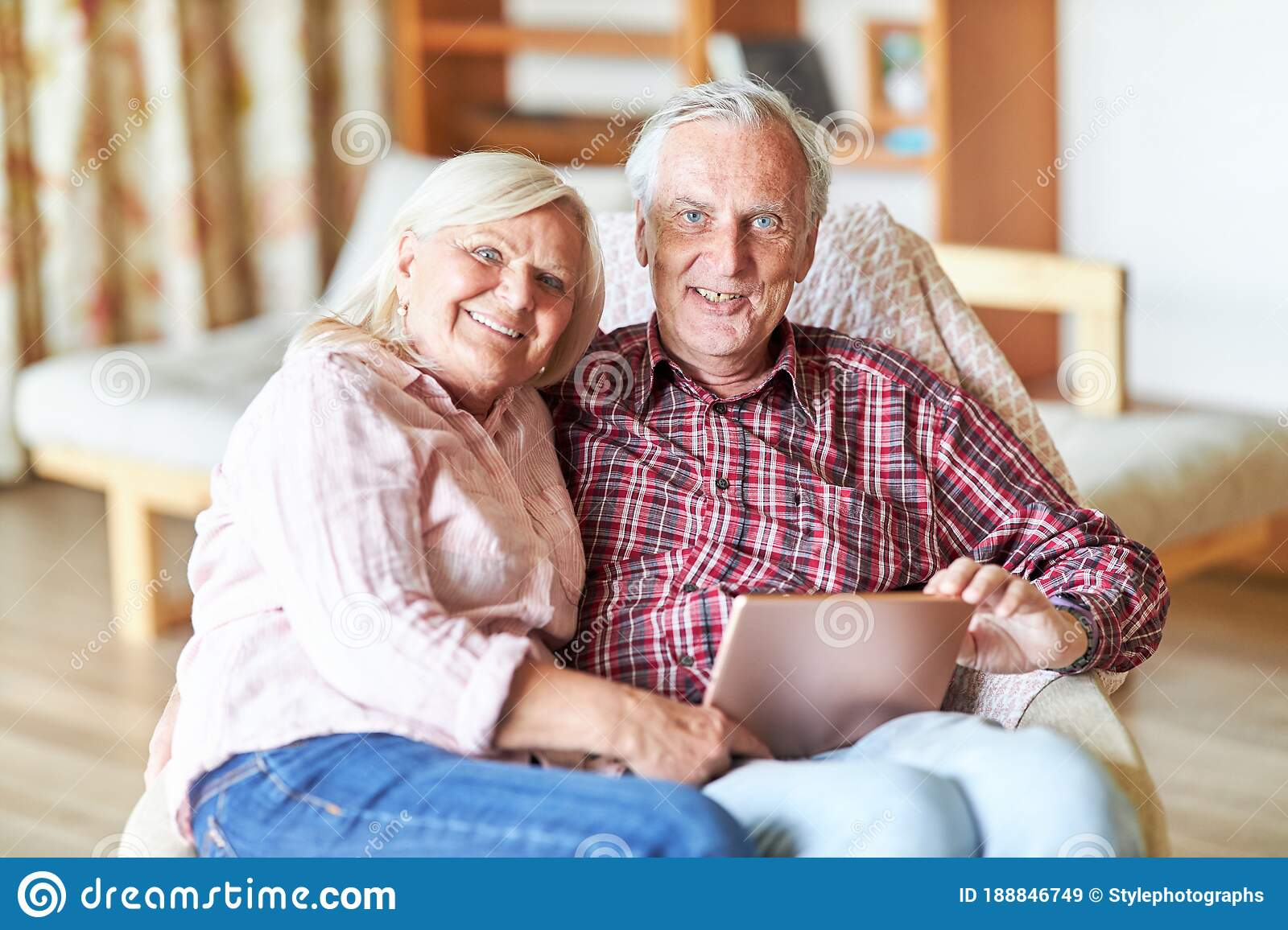 Happy Retired Couple Royalty Free Stock Images - Image
