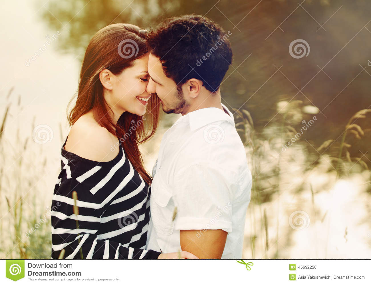senual couples happy romantic sensual couple in love on summer vacation 2275