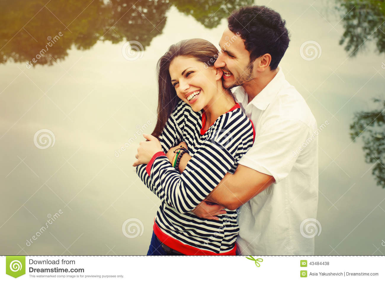 love and happy couples 2018-1-15 if you've wondered how some couples can be so very happy all the time, you'd be amazed at the habits they follow.