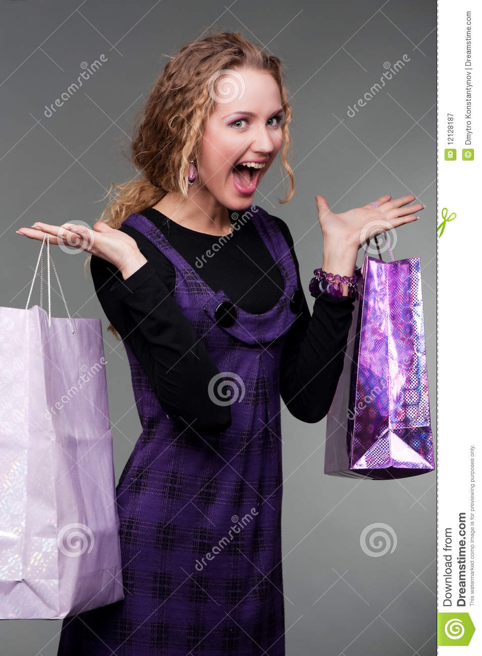 Effects of shopping addiction essay