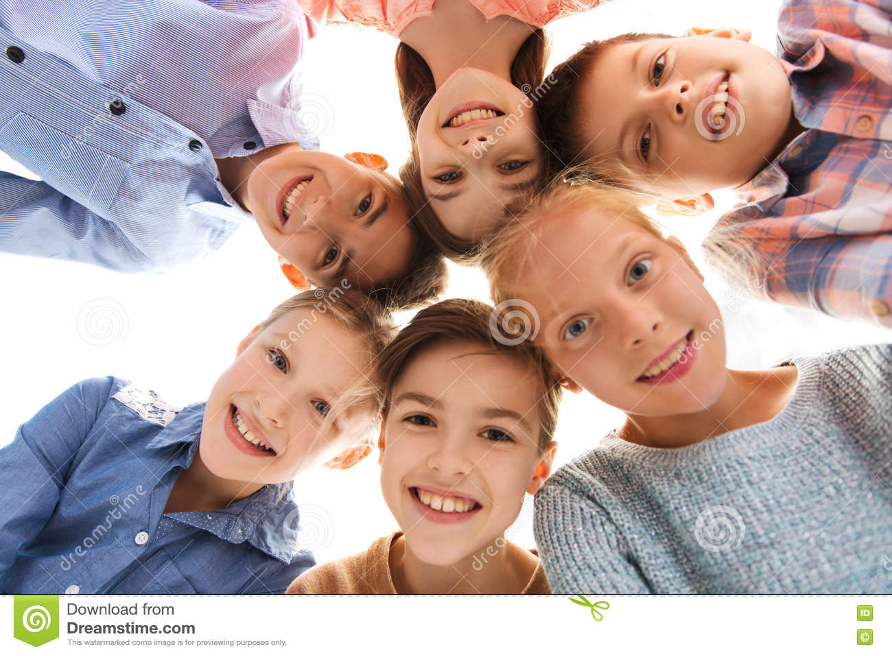 happy-smiling-children-faces-childhood-fashion-friendship-people-concept-71664262.jpg