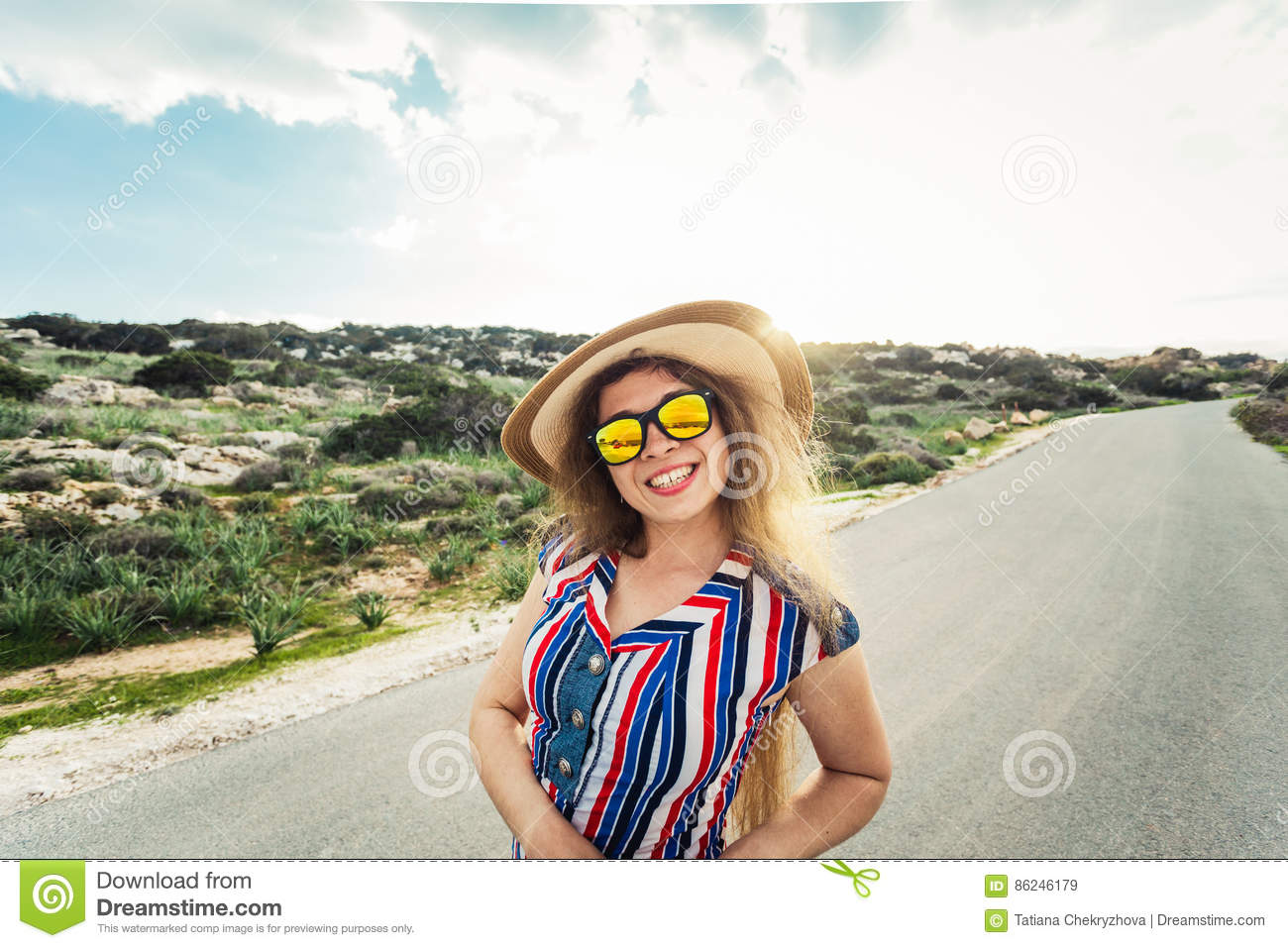 Happy Smiling Woman On Vacation With Sun Hat And Glasses. Stock ... 2dffa67cc3