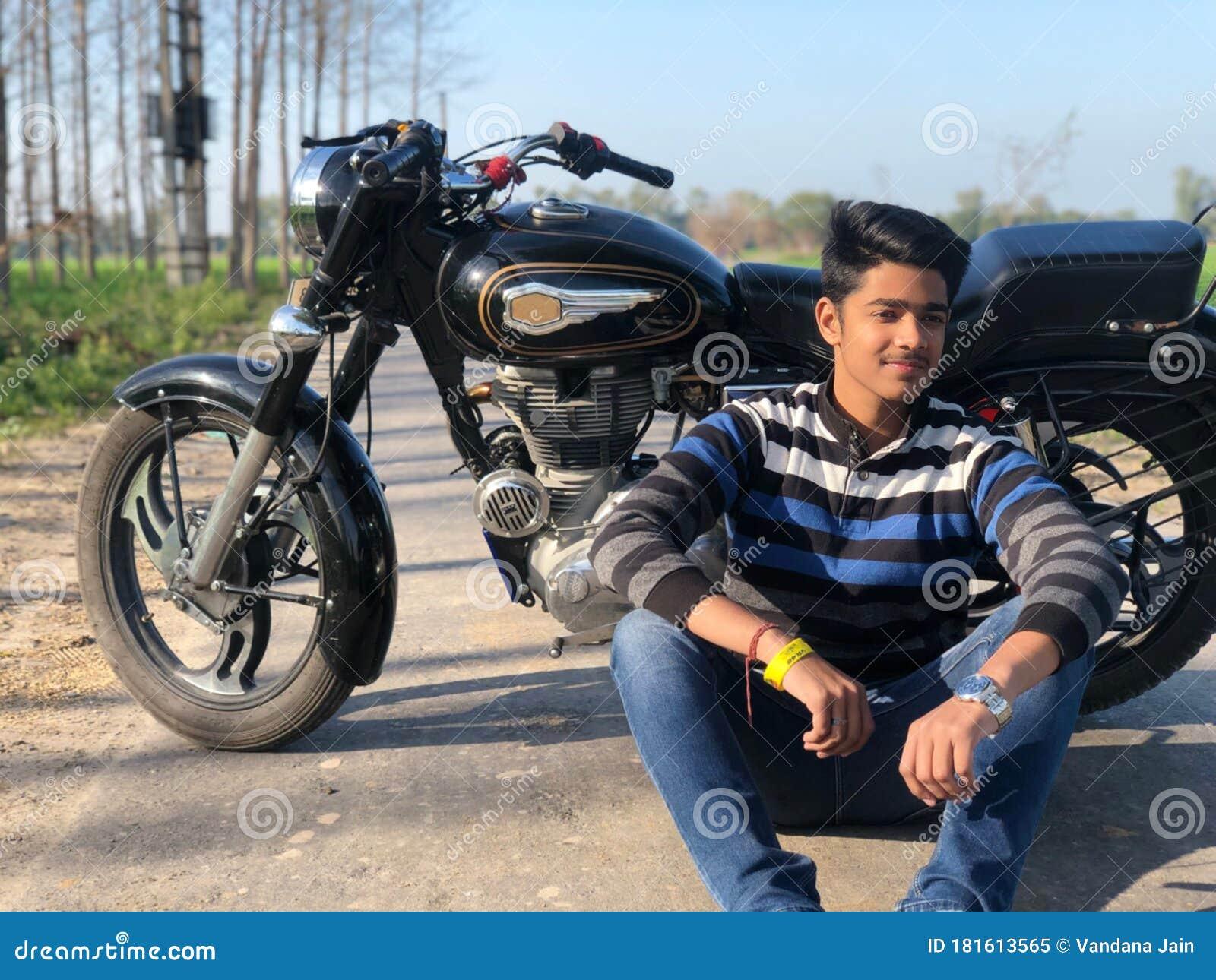 Happy Teenage Boy Pose With Bike Cute Teenager Boy Handsome Man Close Portrait Stock Image Image Of Beautiful Cheerful 181613565
