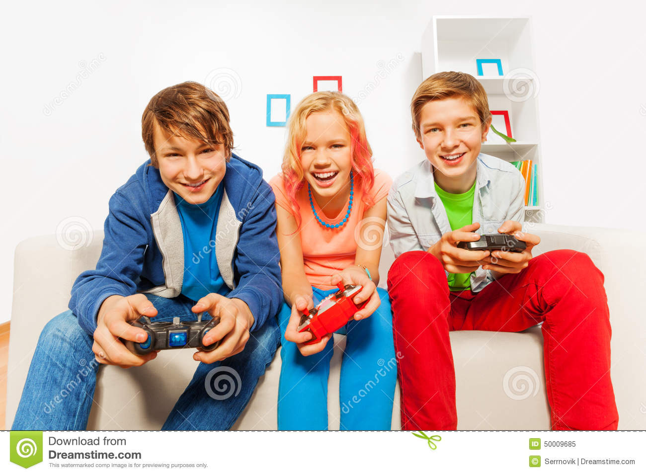 the advantages of playing console games 6 scientific benefits of playing videogames time to load up the console this one is the best excuse for playing video games on your next sick day.
