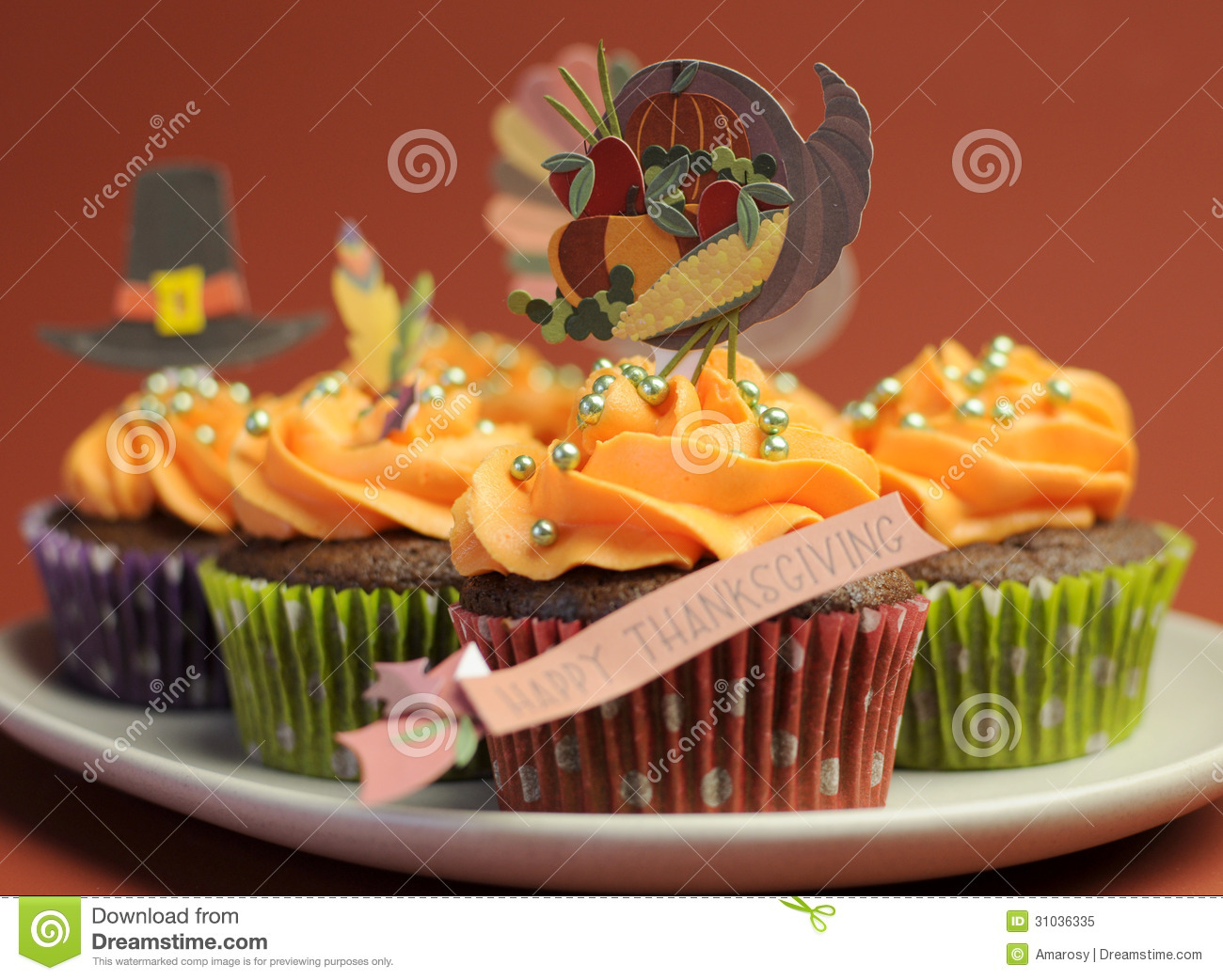Happy thanksgiving cupcakes with turkey feast and for Decorations for thanksgiving cupcakes