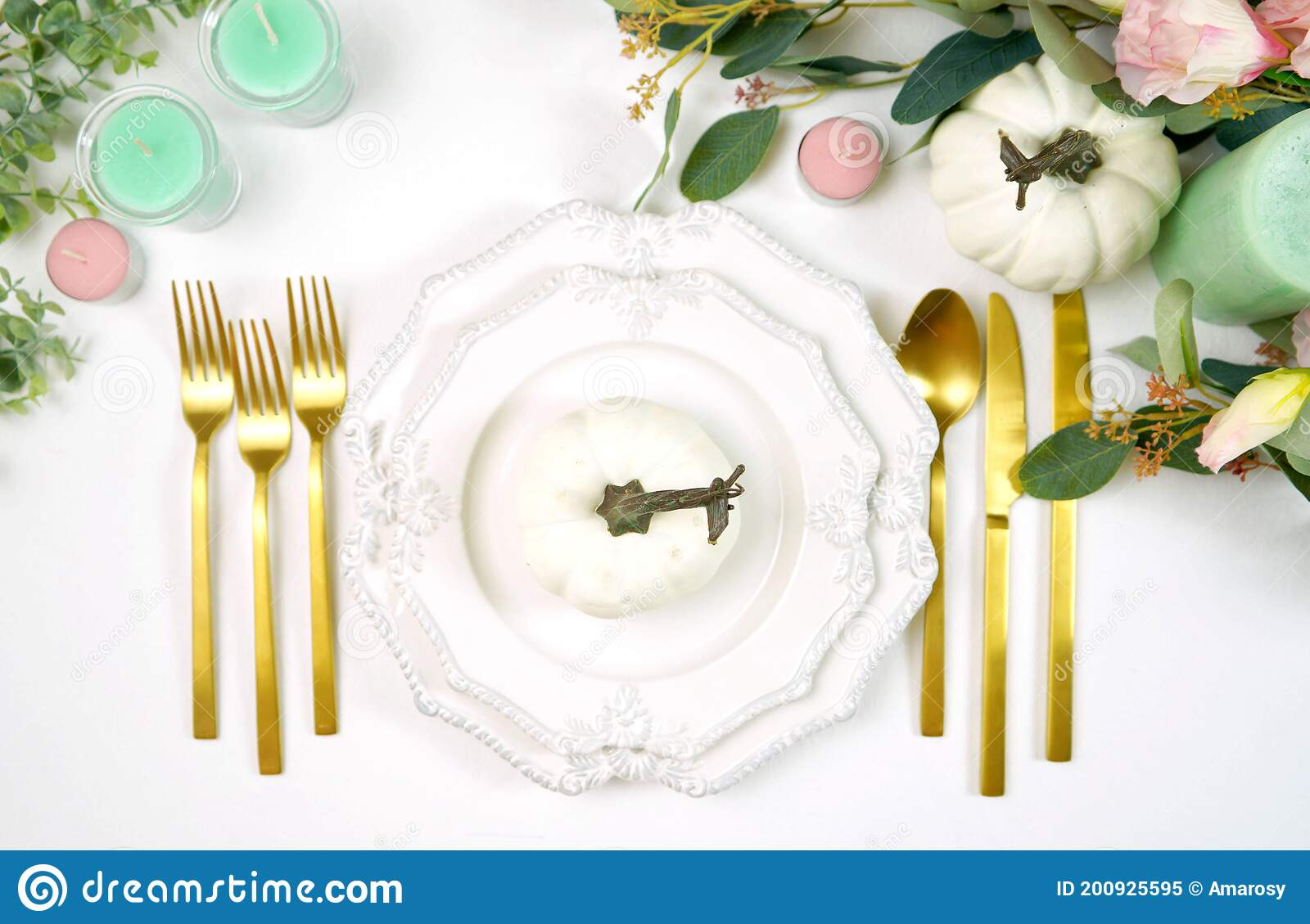 Happy Thanksgiving Table Setting With Modern White ...