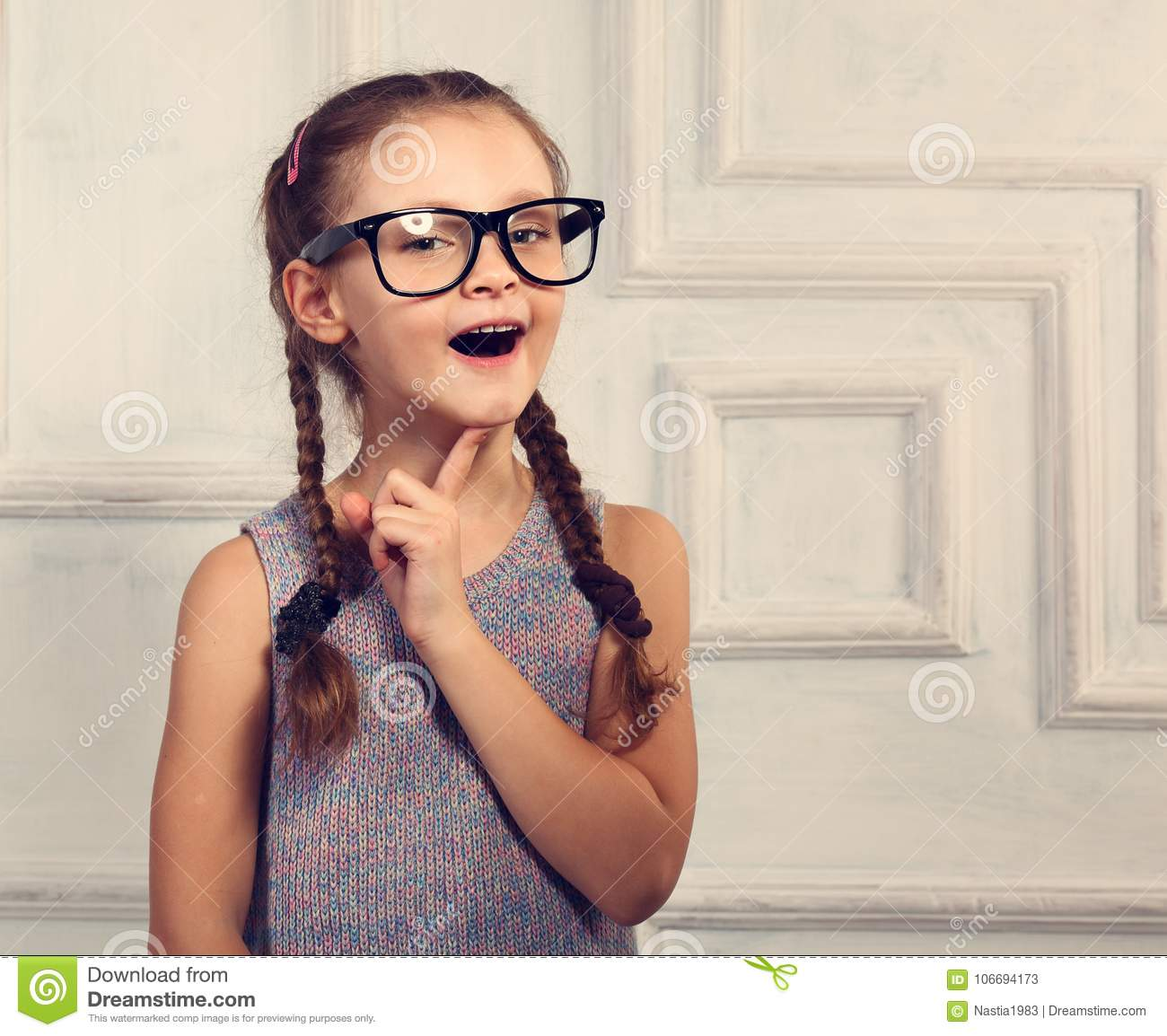 78039ca12 Thinking Kid Stock Images - Download 25,183 Royalty Free Photos