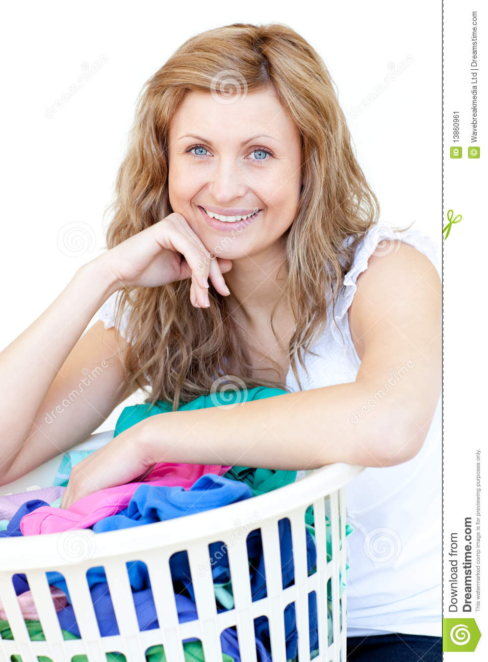 happy-woman-doing-laundry-13860961.jpg