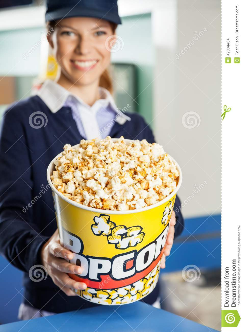 images movie theater concession stand clipart people at concession stand in source