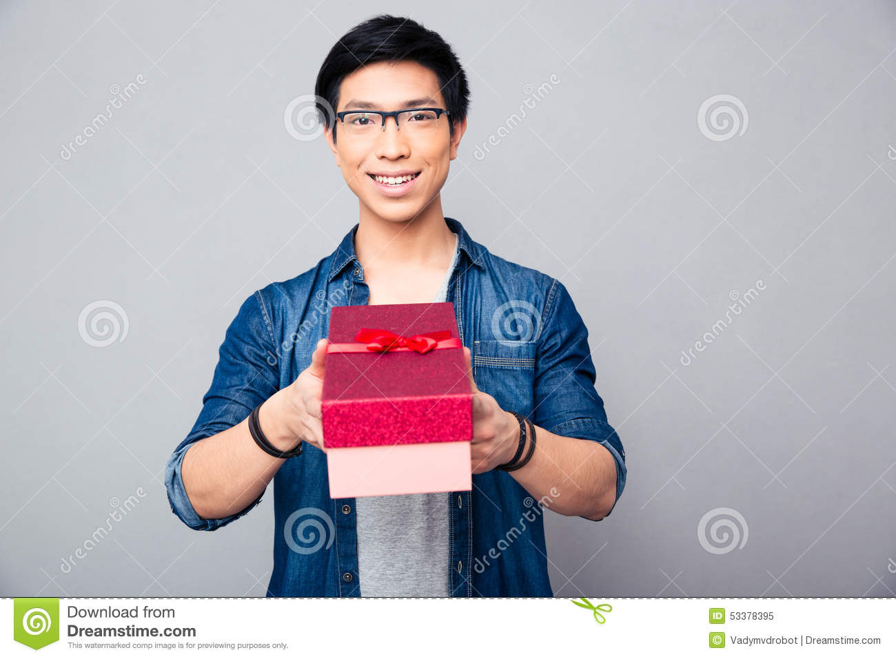 happy asian single men These were niche interest titles like dating for under a dollar: 301 ideas and how to date a white woman: a practical guide for asian men.