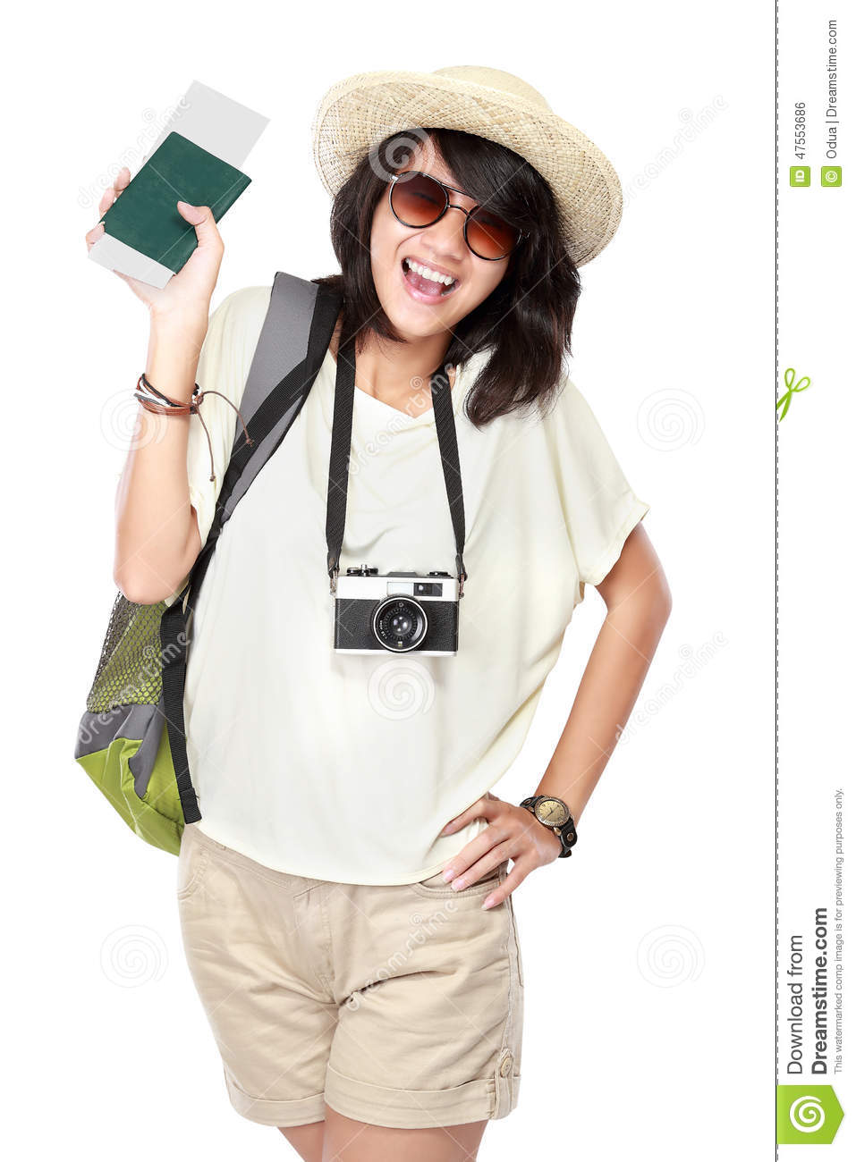 Happy young girl going on vacation