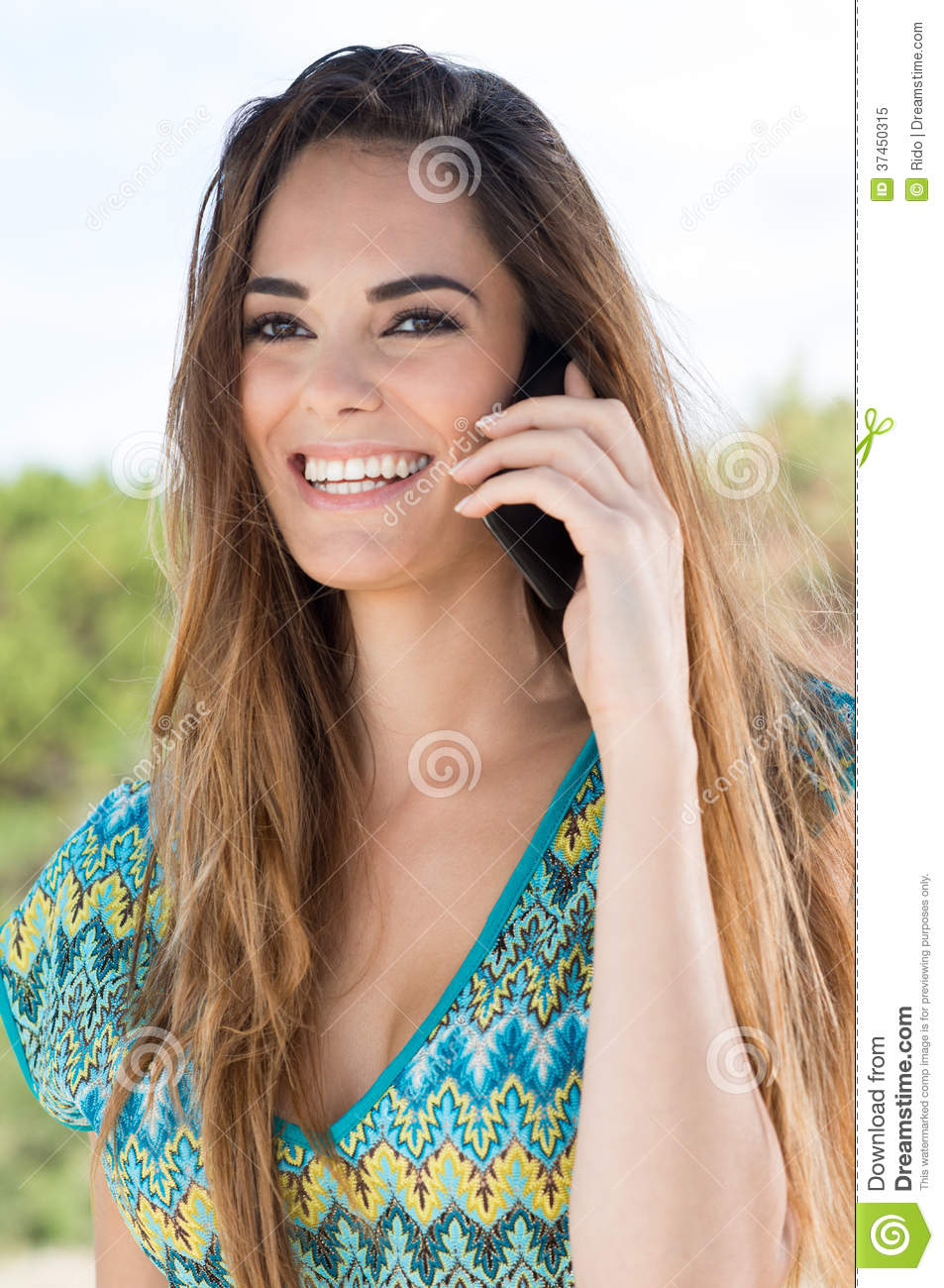 Hot girl cell phone love ride