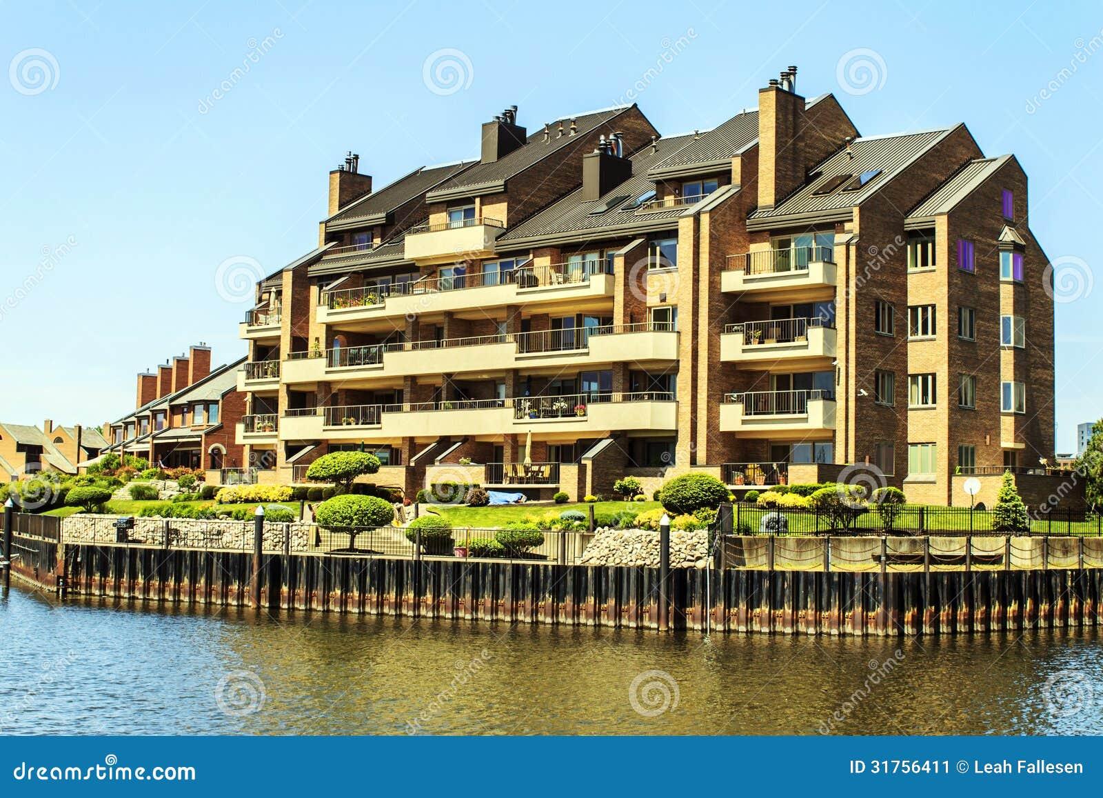 Harbor View Luxury Apartments