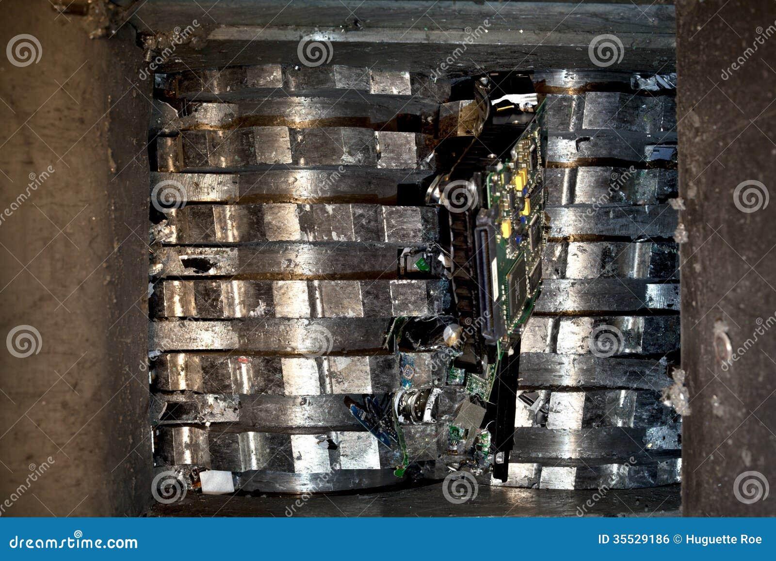 La Magia De Reciclar additionally Sku K 7698 further Dual shear m55 as well Upstateshredding moreover Howwerecycle. on scrap metal shredding