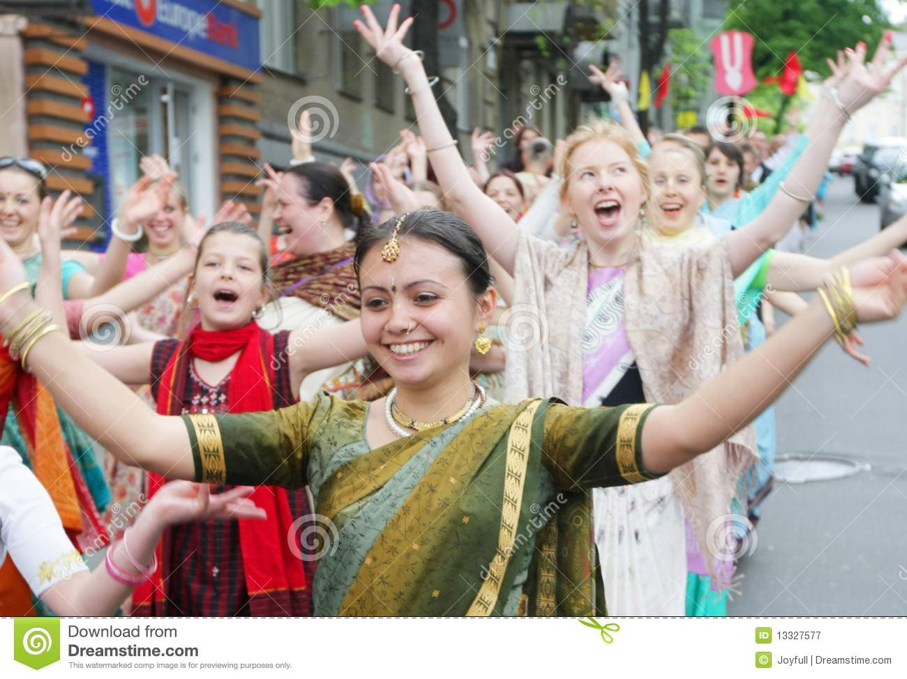 cults hare krishna Eastern cults transcendental hare krishna international hare krishna is the most distinguishable cult of the seventies thanks to the obligatory shaved head.
