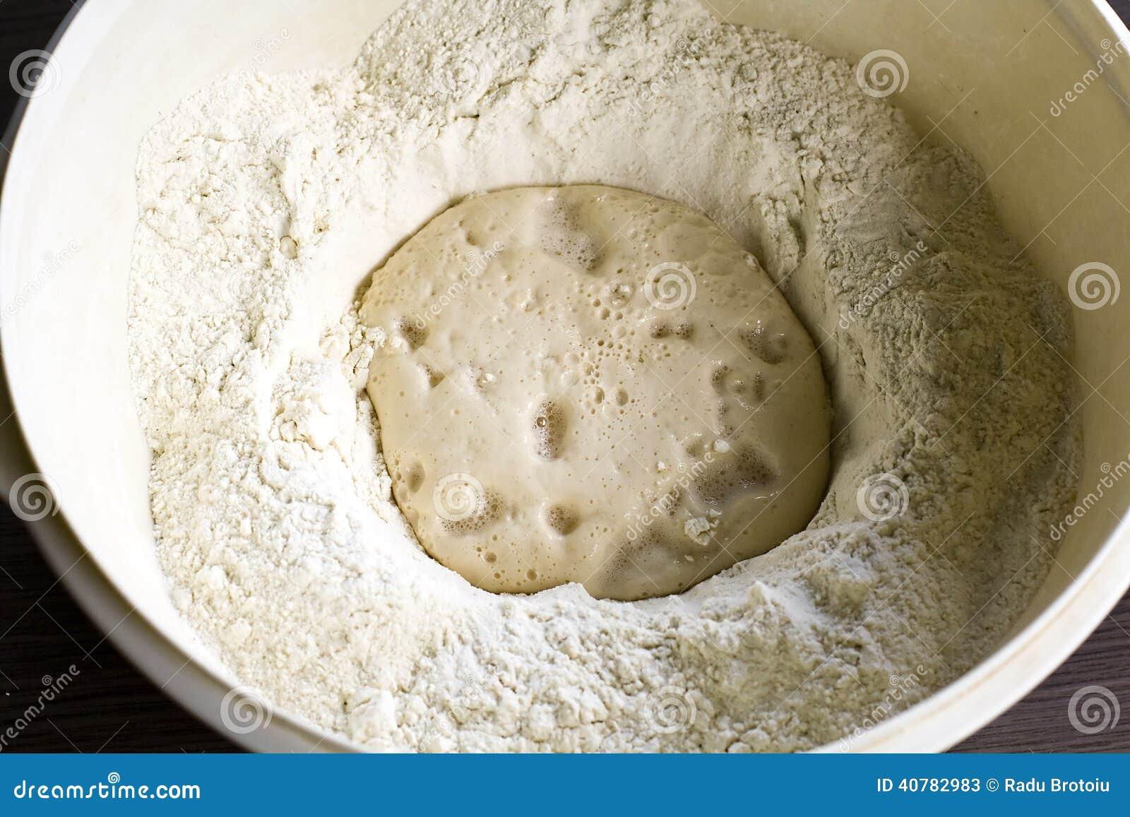 que es la harina levadura