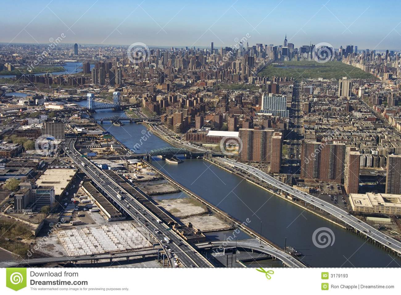 Aerial view of Harlem River and bridges with the Bronx and Manhattan ...