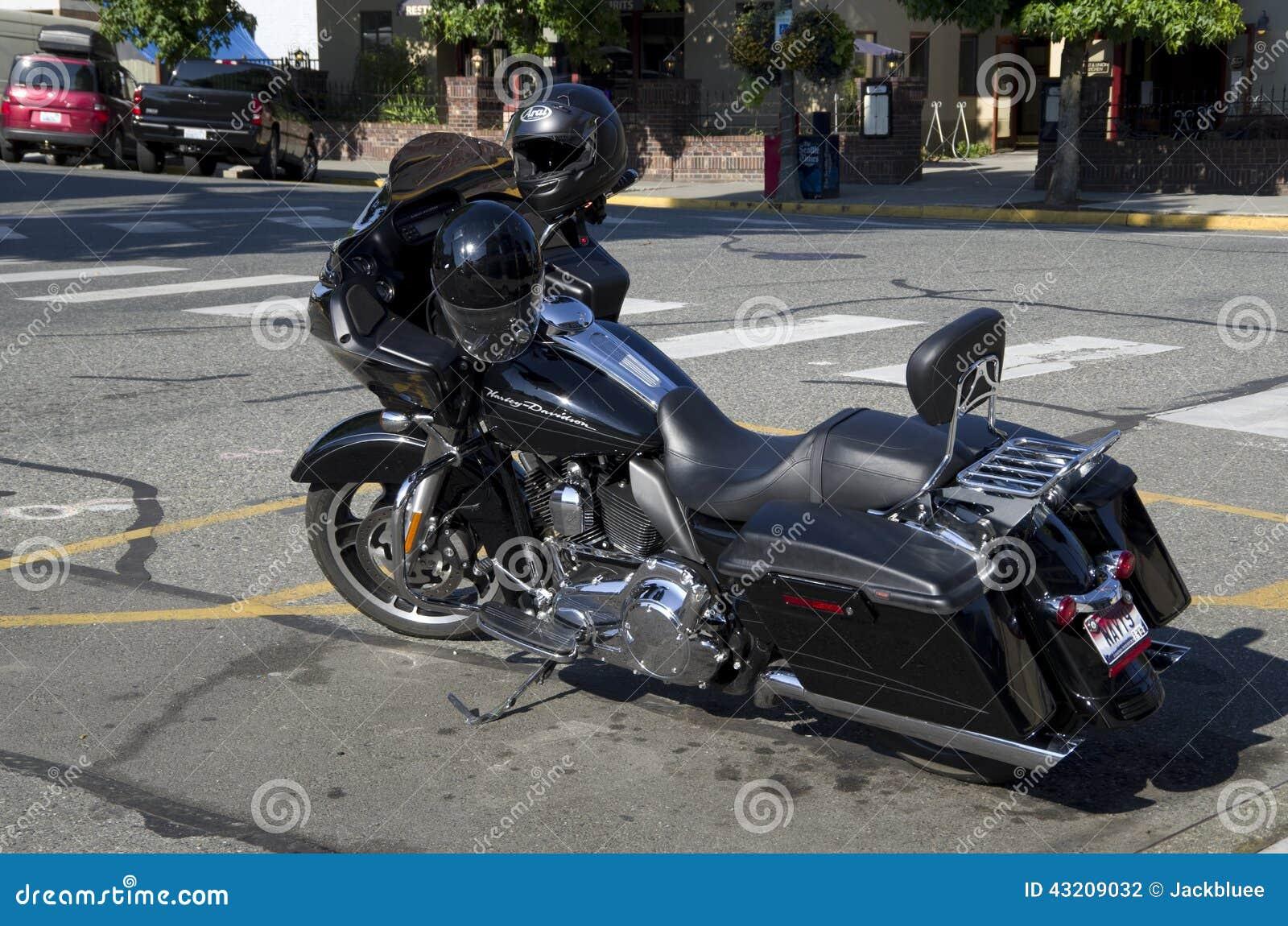 Download Harley Davidson motorbike redaktionell arkivbild. Bild av motorcykel - 43209032