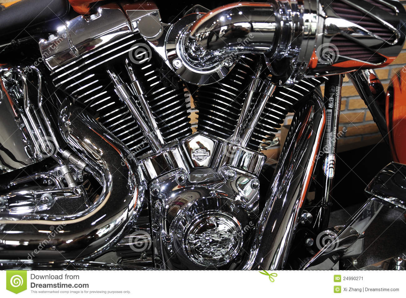 Harley Davidson Motorcycle Engine Editorial Photo - Image: 24990271