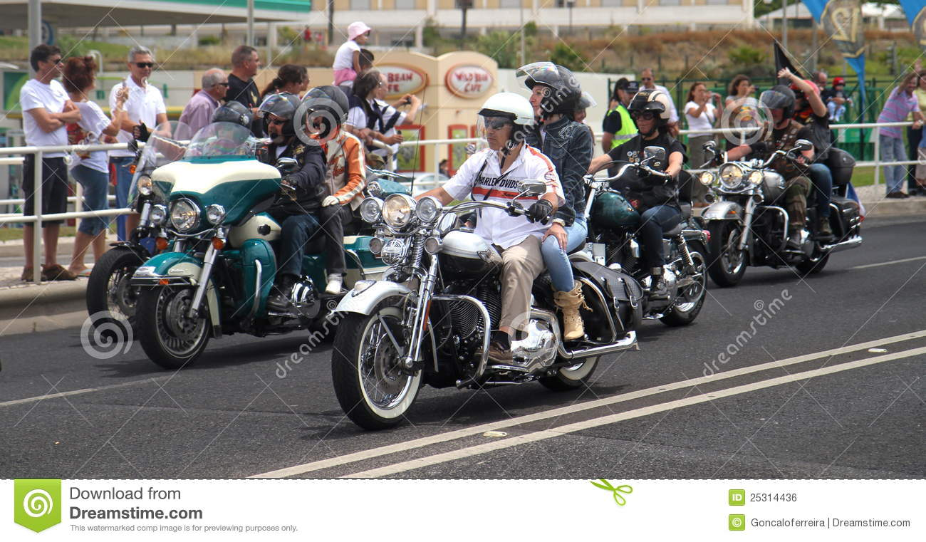 Harley Davidson Parade: Harley Davidson Parade Editorial Photo. Image Of Portugal