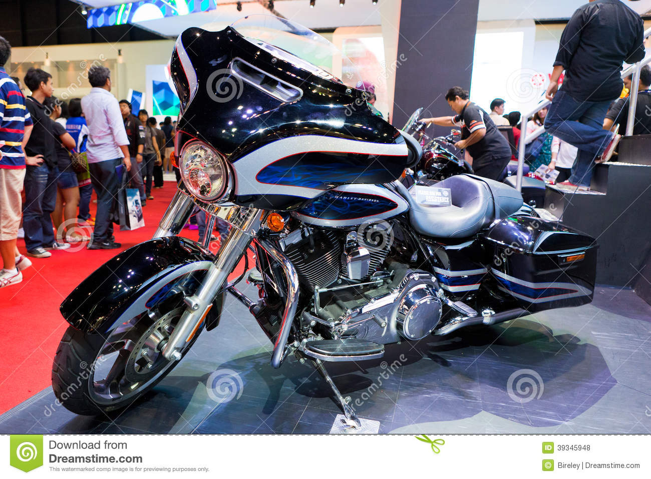 Harley davidson touring 2014 motorcycle editorial stock for Harley davidson motor credit