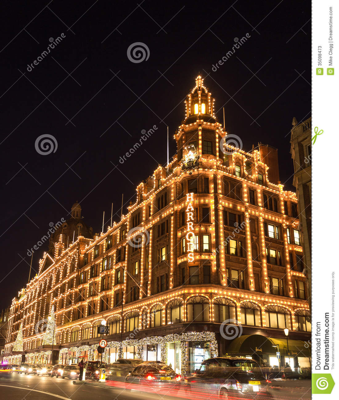 harrods lit up for christmas editorial stock photo image 35098473. Black Bedroom Furniture Sets. Home Design Ideas