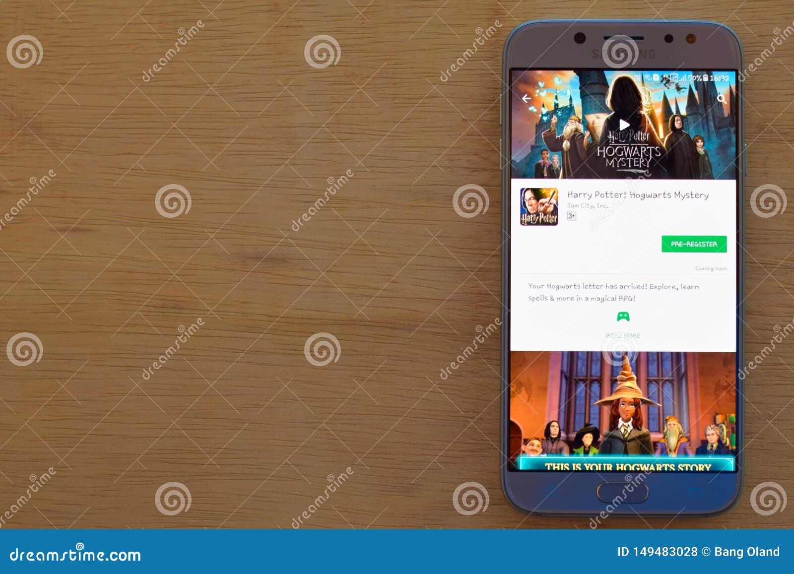 Harry Potter: Applikation för Hogwarts gåtabärare på den Smartphone skärmen