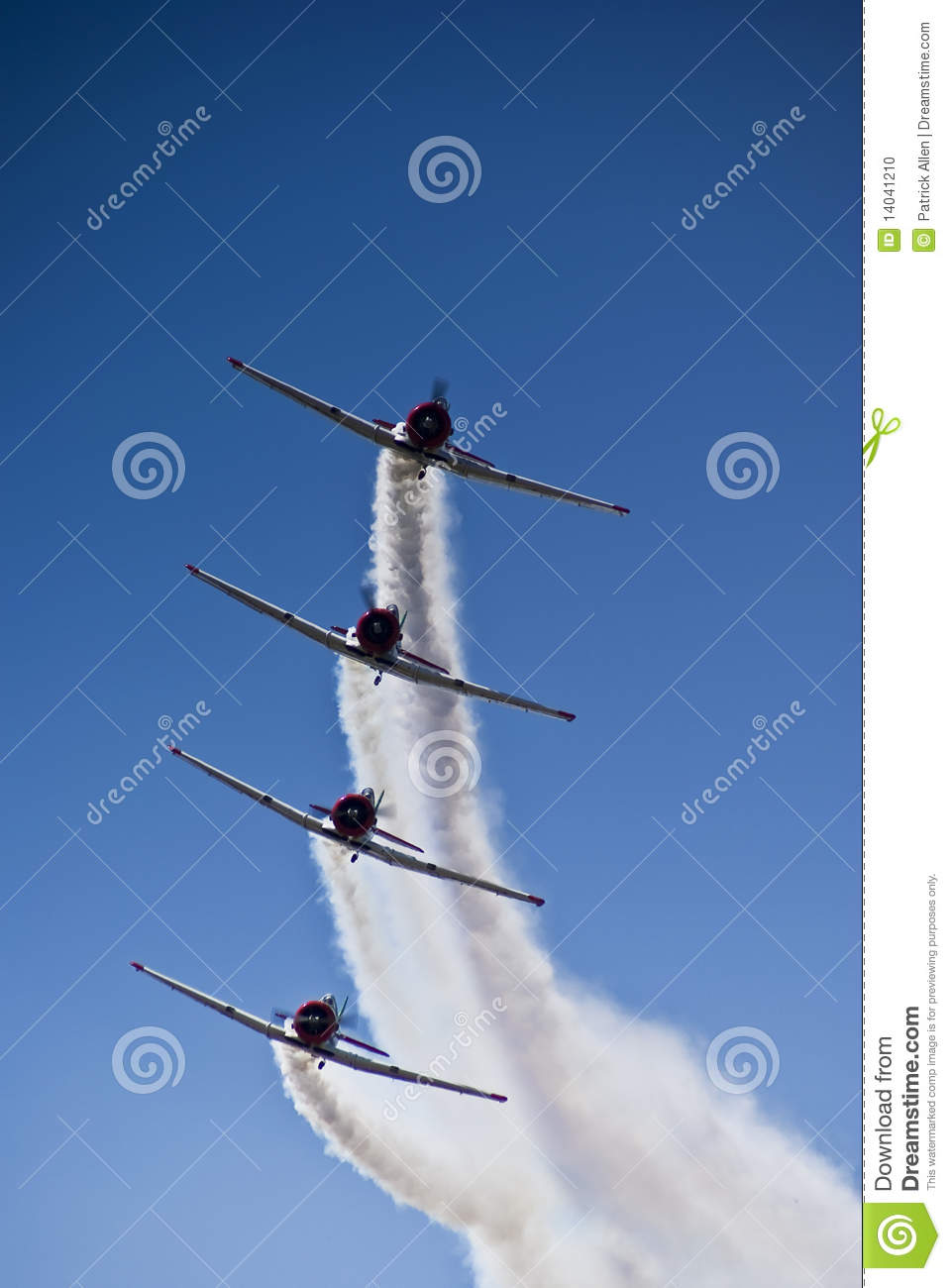 Harvard Aerobatic Team, Incoming, Stacked