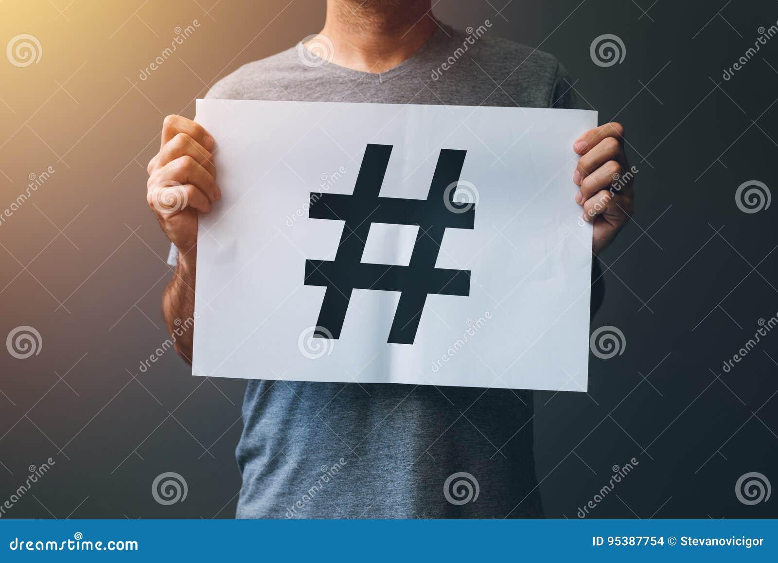 Hashtag como o conceito social da rede dos meios da Web viral