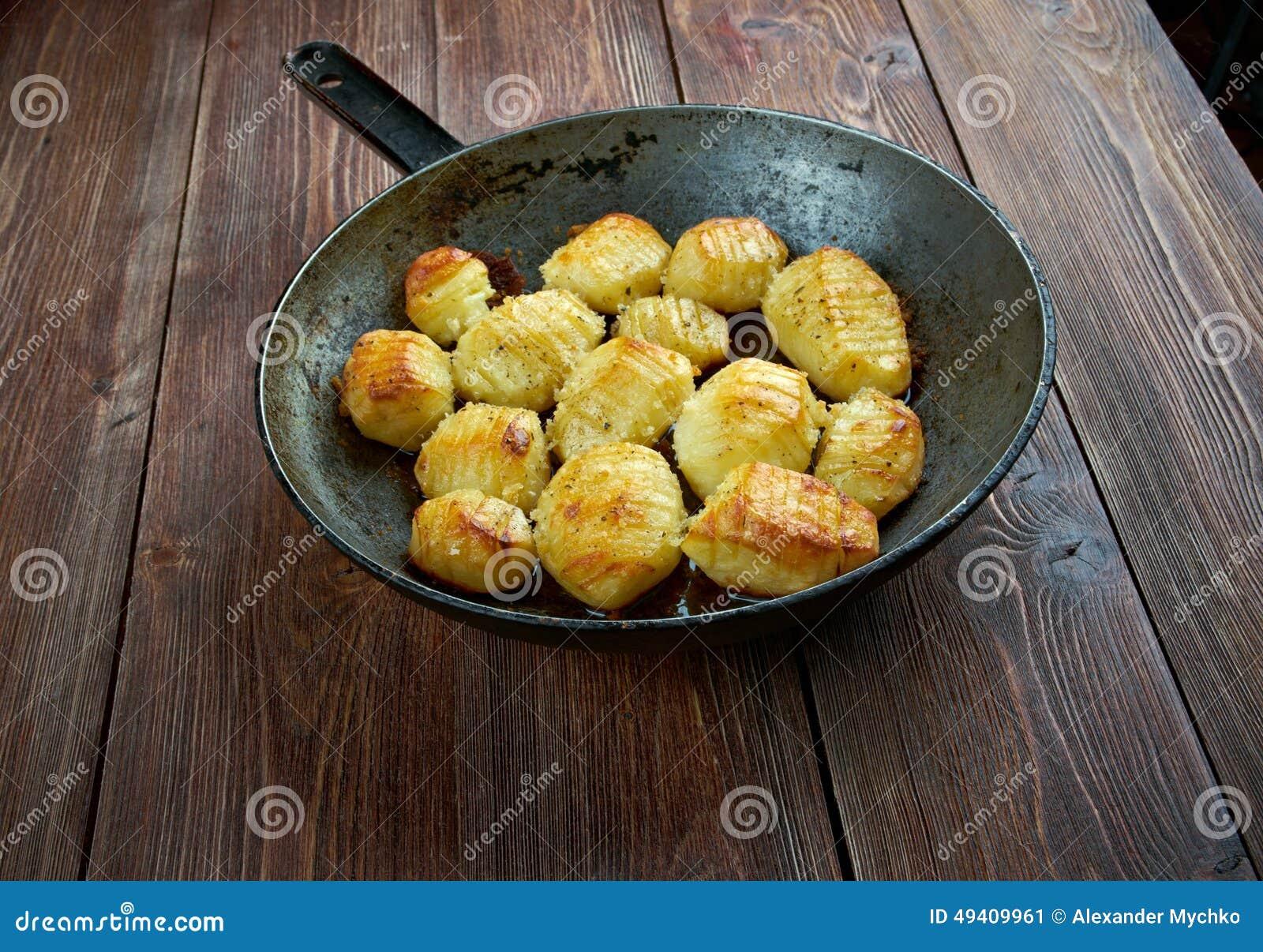 Download Hasselback-Kartoffel stockbild. Bild von schwedisch, niemand - 49409961