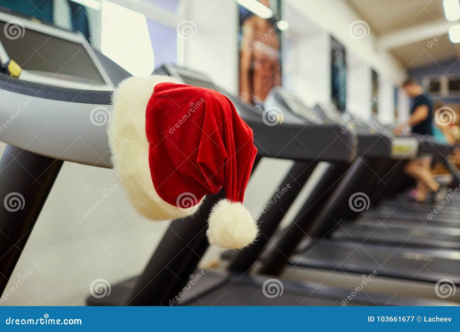 Hatt för jultomten` s i idrottshallen