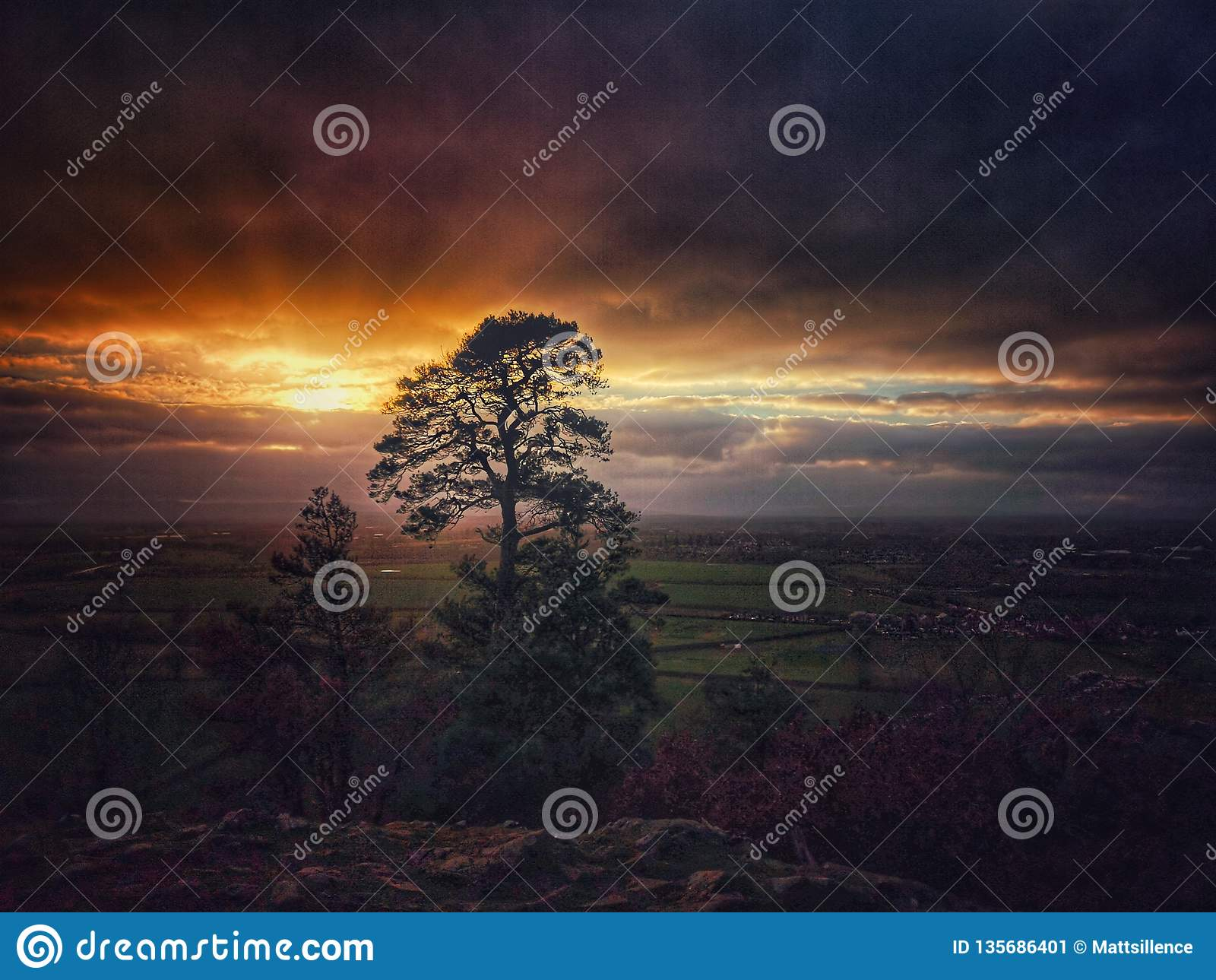 Haughmond kulle på solnedgången