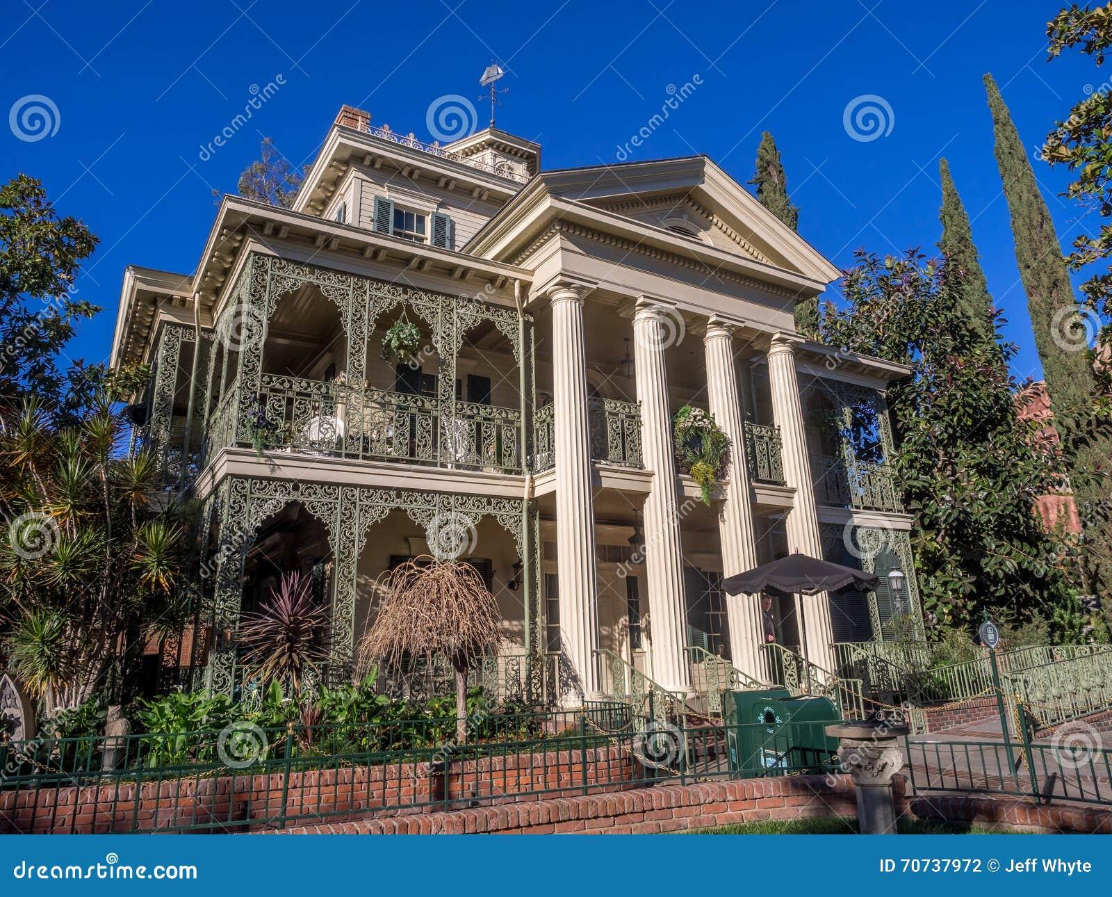 Haunted Mansion Ride At Disneyland Park Editorial ...