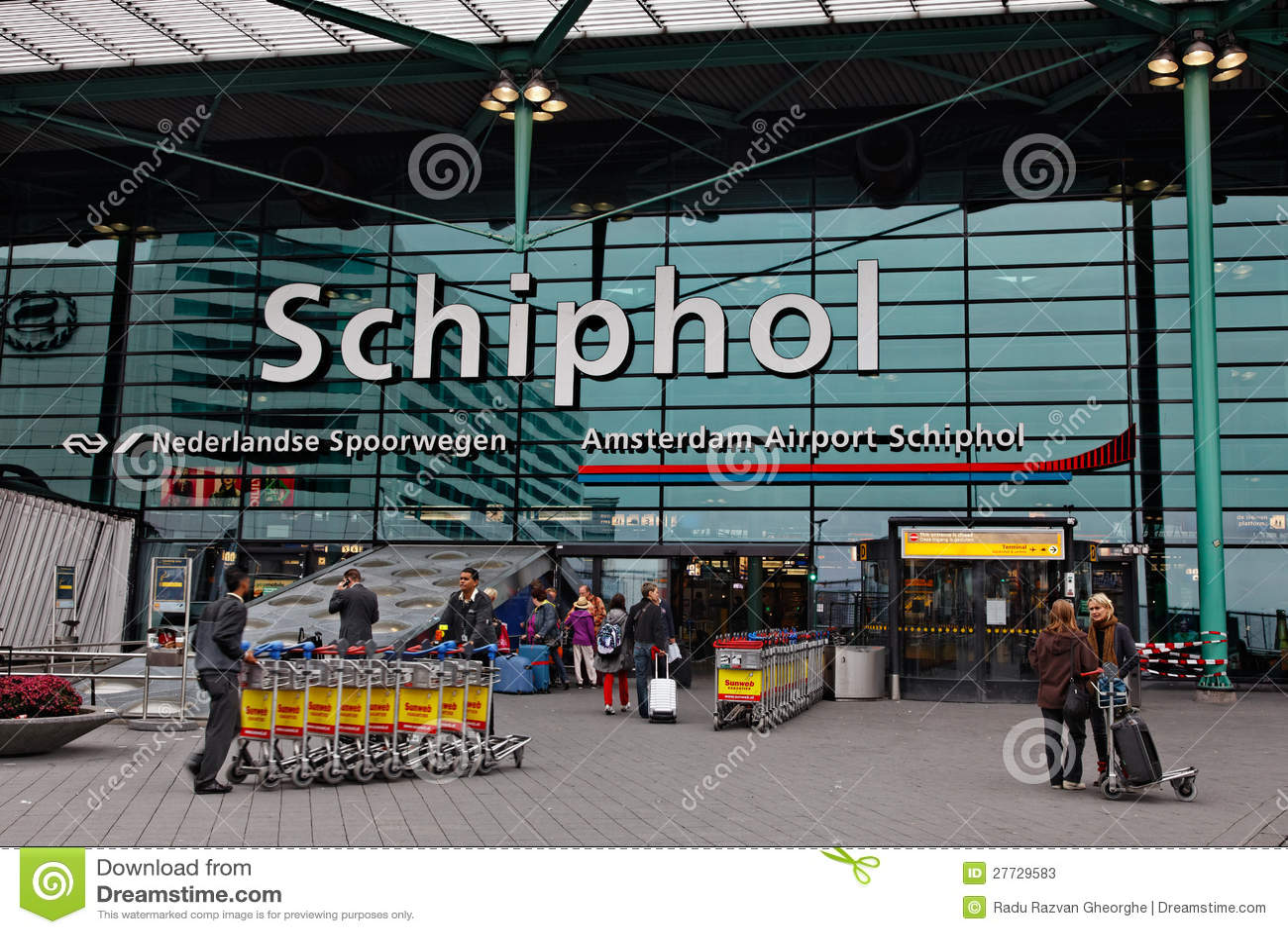 Haupteingang im Schiphol-Flughafen Amsterdam