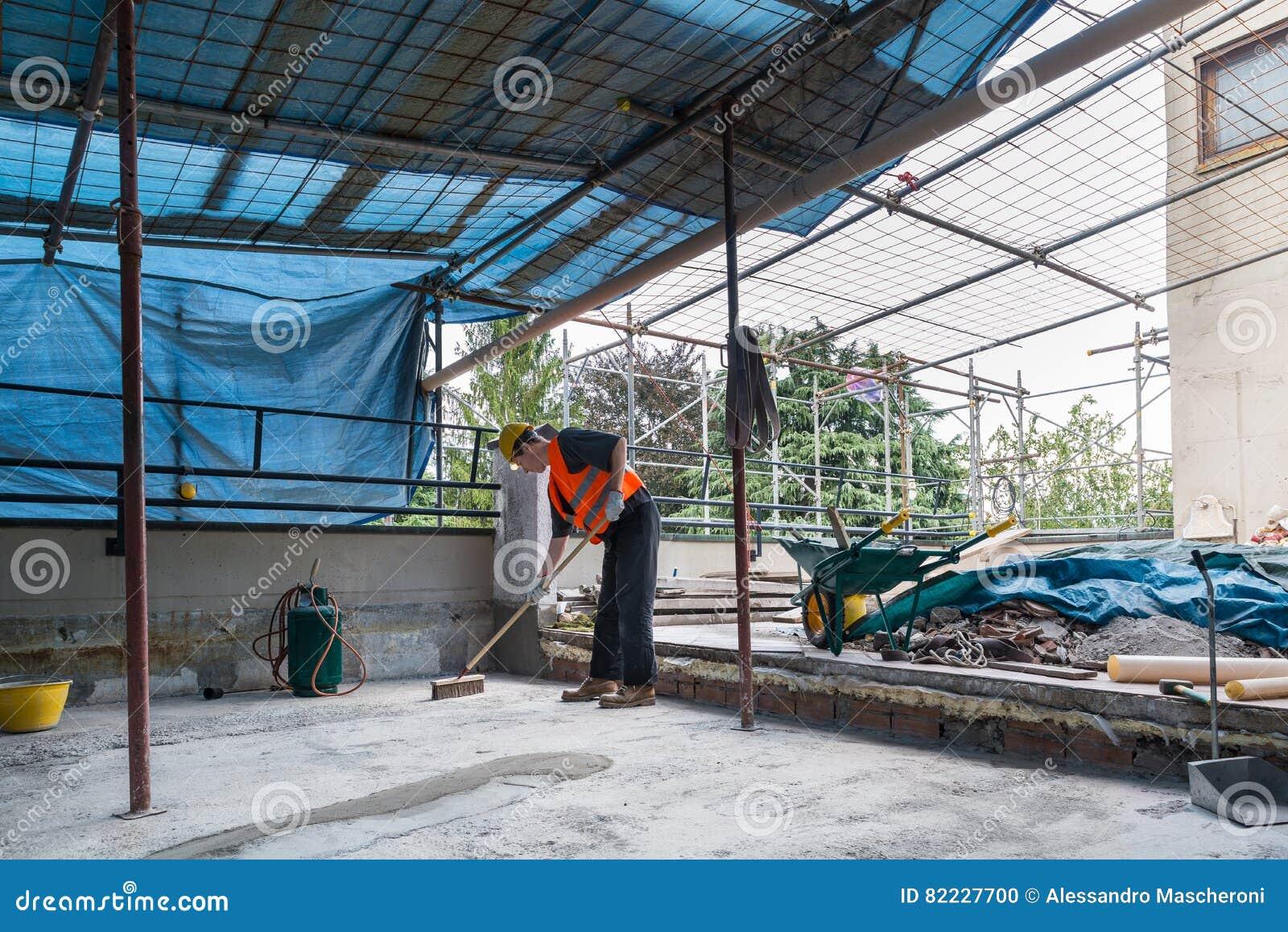 Hauptreparatur Bau Von Einem Wasserdichten Und Isolierschale Auf