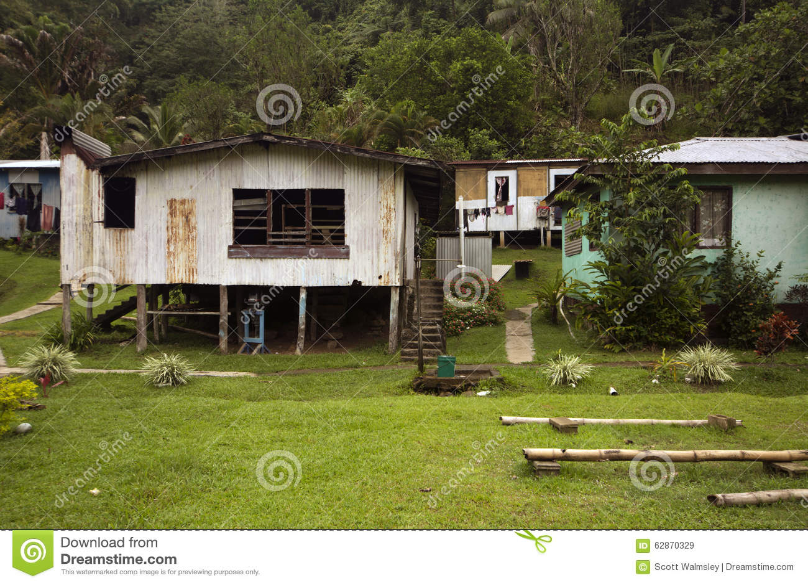 Amüsant Haus Auf Stelzen Beste Wahl Im Dorf, Fidschi