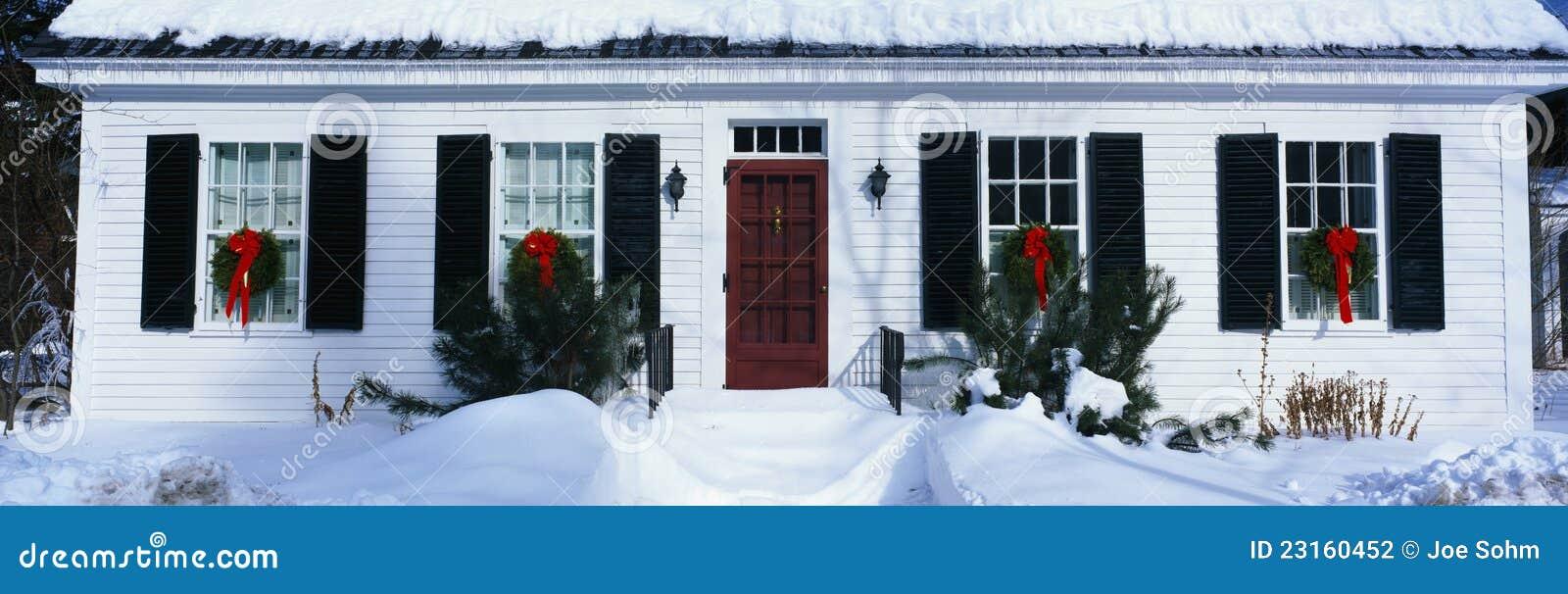 Haus in einer Wintereinstellung