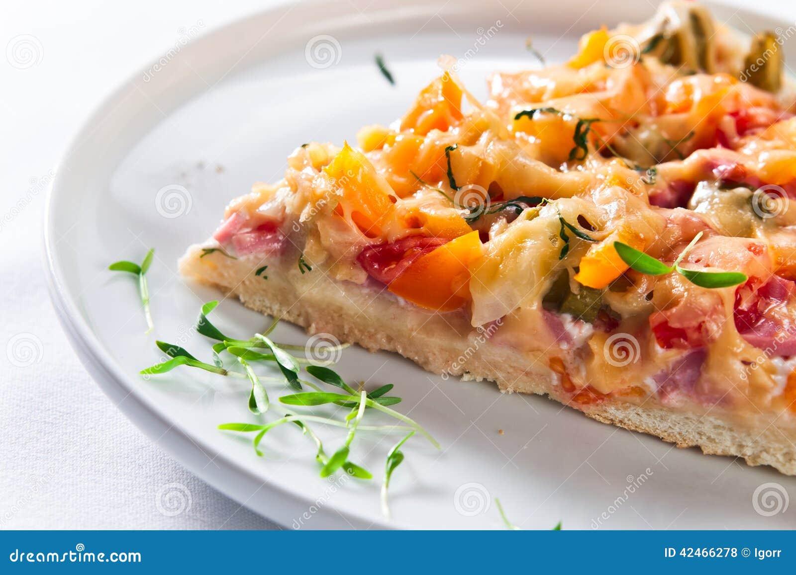 Haus gebackene Pizza